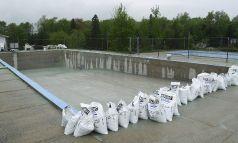 Décapage piscine béton